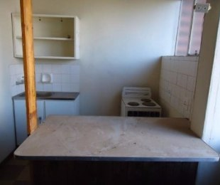 R 1,800 - 1 Bed Flat To Let in Boksburg Central