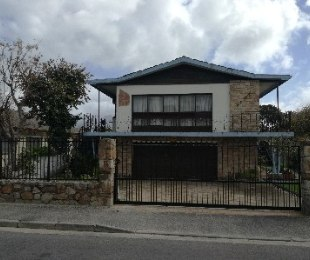 R 1,799,995 - 5 Bed Home For Sale in Rylands
