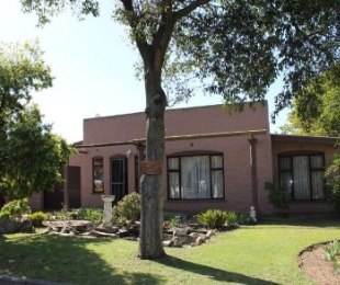 R 1,695,000 - 4 Bed House For Sale in Bonnie Brook
