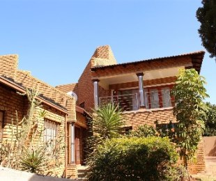 R 1,520,000 - 4 Bed Property For Sale in Chantelle
