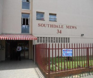 R 4,000 - 2 Bed Home To Let in Southdale