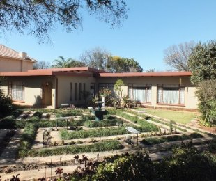 R 1,690,000 - 4 Bed Home For Sale in Doringkloof
