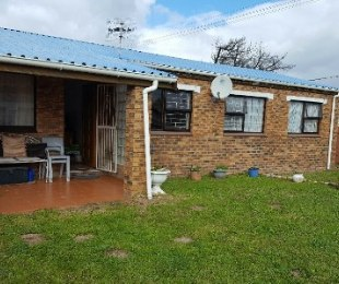 R 1,650,000 - 3 Bed House For Sale in Tijgerhof