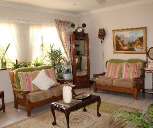 R 1,050,000 - 3 Bed Flat For Sale in Ninapark