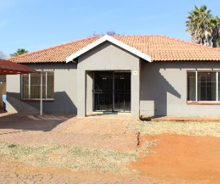 R 799,000 - 3 Bed Property For Sale in Pretoria North
