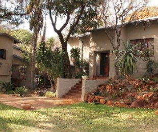 R 1,800,000 - 5 Bed Home For Sale in Florauna