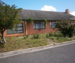 R 2,295,000 - 4 Bed Home For Sale in Dieprivier