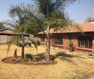 R 1,580,000 - 3 Bed House For Sale in Valhalla