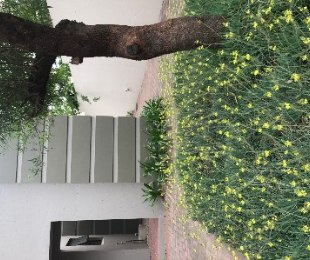 R 1,100,000 - 2 Bed Flat For Sale in Broadacres