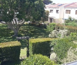 R 3,299,000 - 3 Bed Property For Sale in Bergvliet