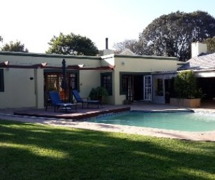 R 6,395,000 - 5 Bed House For Sale in Constantia