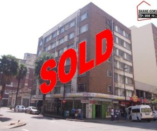 R 190,000 - 1 Bed Apartment For Sale in Durban Central
