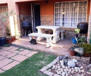 R 750,000 - 2 Bed Property For Sale in Elardus Park