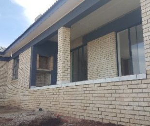 R 1,890,000 - 3 Bed Home For Sale in Hartenbos
