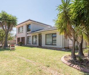 R 2,699,000 - 4 Bed House For Sale in Stellenridge