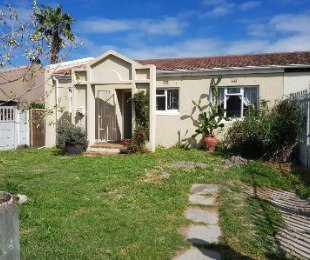 R 999,000 - 2 Bed House For Sale in Richwood