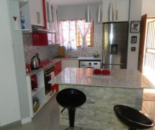 R 7,700 - 2 Bed Property To Rent in Bromhof