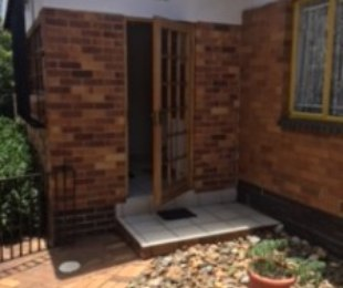 R 1,500,000 - 3 Bed House For Sale in Alberton