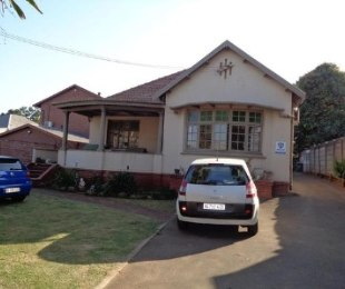 R 1,450,000 - 4 Bed House For Sale in Umbilo