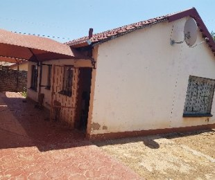 R 500,000 - 2 Bed Property For Sale in Nellmapius