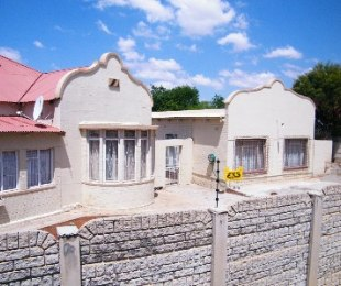 R 656,000 - 3 Bed Property For Sale in Virginia