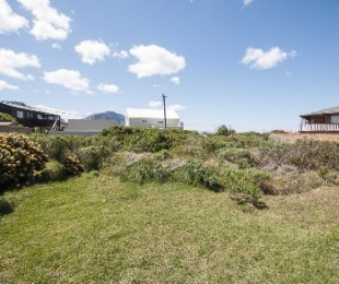 R 420,000 -  Plot For Sale in Betty's Bay