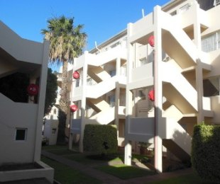 R 1,400,000 - 2 Bed Apartment For Sale in Zonnebloem