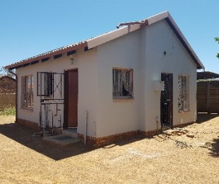 R 510,000 - 2 Bed Home For Sale in Mamelodi West