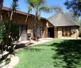 R 1,980,000 - 5 Bed Home For Sale in Riebeeckstad