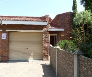 R 750,000 - 3 Bed Property For Sale in Flamingo Park
