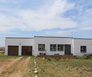 R 2,175,000 - 2 Bed Property For Sale in Klipheuwel