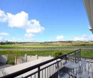 R 2,000,000 -  Flat For Sale in Durbanville