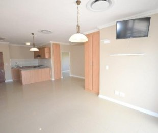 R 1,650,000 - 2 Bed Flat For Sale in Durbanville