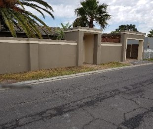R 1,295,000 - 2 Bed Home For Sale in Richwood