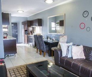 R 8,200 - 2 Bed Apartment To Rent in Noordwyk