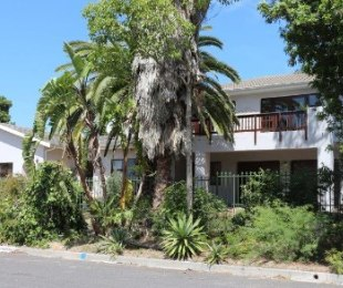 R 34,000,000 - 4 Bed Home For Sale in Eversdal Heights
