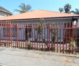 R 950,000 - 3 Bed Home For Sale in Kensington