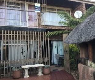 R 995,000 - 3 Bed Property For Sale in Valhalla