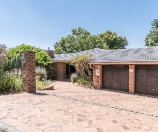 R 3,195,000 - 3 Bed Property For Sale in Durbanville Hills
