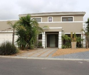 R 3,195,000 - 3 Bed House For Sale in Brackenfell