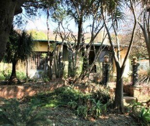 R 16,900,000 - 5 Bed House For Sale in Capital Park