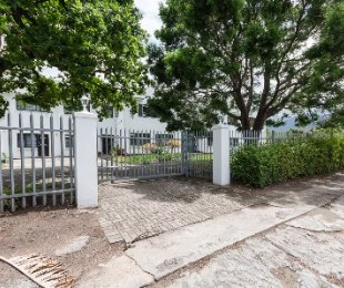 R 650,000 - 2 Bed Flat For Sale in Dormehl's Drift