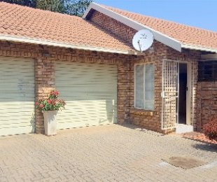 R 1,080,000 - 3 Bed Property For Sale in Dorandia