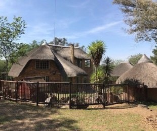 R 15,000 - 2 Bed Home To Rent in Midrand