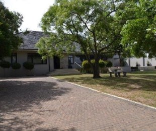 R 4,495,000 - 5 Bed Home For Sale in Valmary Park