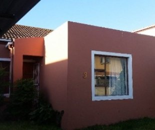R 1,100,000 - 3 Bed House For Sale in Gordon's Bay