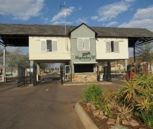 R 550,000 -  House For Sale in Amandasig