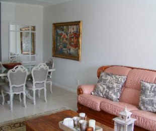 R 13,500 - 2 Bed Flat To Rent in Somerset West Central