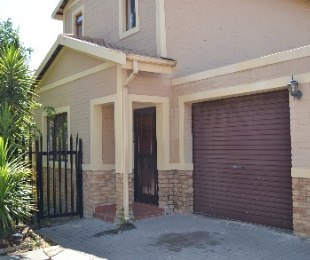 R 13,500 - 3 Bed Property To Rent in Carlswald