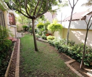 R 1,695,000 - 2 Bed Property For Sale in North Riding